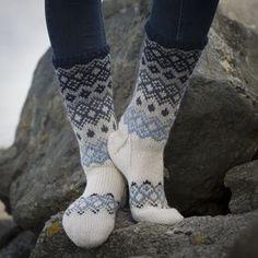 Sokker - Viking of Norway Crochet Socks, Knit Crochet, Loom Knitting, Knitting Socks, Knitting Designs, Knitting Patterns, Fluffy Socks, Argyle Socks, Sock Toys