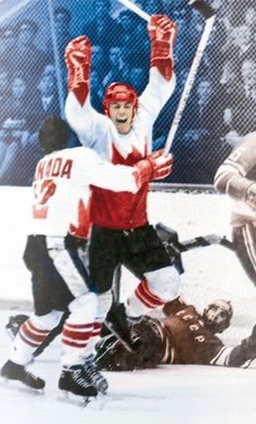 "In Paul Henderson scored the winning goal for Canada in the Canada-Soviet Summit Series. This goal is often referred to as ""the goal heard around the world"" and is still remembered today as an important event in both sports and cultural history Nhl, Hockey Highlights, Canada Cup, Hockey Pictures, Bobby Orr, Discover Canada, Summit Series, Sports Picks, Canadian History"
