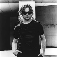 Simply Red - If you don't me by now - http://www.youtube.com/watch?v=lKyQdsOAWIo