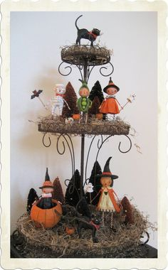 Love this filled with Lori Mitchell Halloween people.