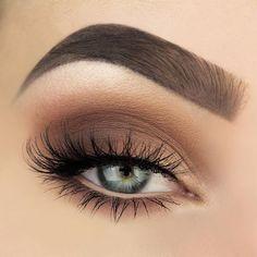 Brown Blue Makeup Nail Design, Nagelkunst, Nagelstudio, Irvine, Newport Beach - Make-up Gold Eye Makeup, Eye Makeup Tips, Makeup Inspo, Makeup Inspiration, Makeup Eyebrows, Makeup Ideas, Eyeshadow Makeup, Eyeshadow Blue Eyes, Makeup Style