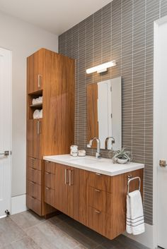 Family Friendly Mid-Century new construction built from the ground up. Modern Bathroom Lighting, Modern Bathroom Tile, Small Space Bathroom, Bathroom Layout, Bathroom Renos, Modern Bathroom Design, Bathroom Interior Design, Bathroom Renovations, Modern Bathrooms