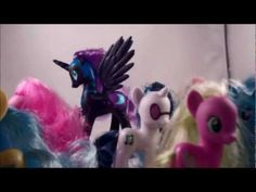 My Little Pony, Friendship is Magic Toys R Us exculsive Favorites Collection feat. Nightmare Moon