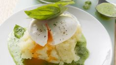 Rezept: Verlorene Eier mit Basilikumsoße