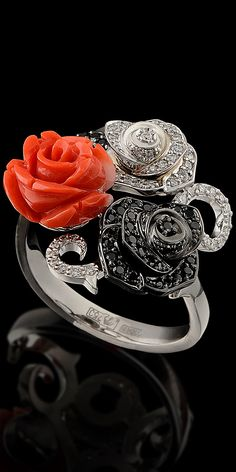 18K white gold- diamonds, black diamonds and coral ring