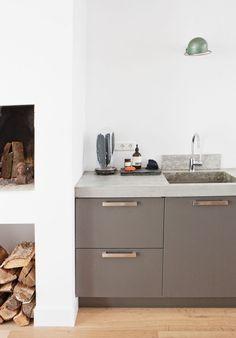 69 ideas for kitchen marble countertops modern sinks Kitchen Furniture, Kitchen Interior, New Kitchen, Kitchen Decor, Kitchen Grey, Kitchen Wood, Kitchen Ideas, Taupe Kitchen Cabinets, Kitchen Cabinet Remodel
