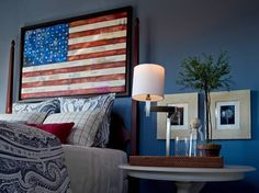 Pro-active americana country home decor Please see Patriotic Bedroom, Americana Bedroom, Country Style Homes, Country Life, Blue Rooms, Transitional Decor, Decor Styles, Design Styles, Design Design