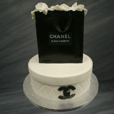 949ba27fb9 32 Best Chanel cakes images