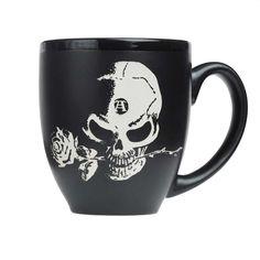 Alchemy Gothic. Grote van hoge kwaliteit drinkbeker met het Alchemy logo (schedel met roos in de mond). Geschikt voor iedereen die op zoek is naar een uniek kado met attitude.