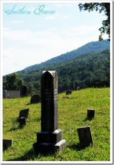 Southern Graves: The Southern Folk Cemetery ( #tbt )