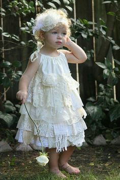 Adorable shabby chic dress!!