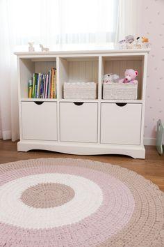 שטיח סרוג Child Room, Kids Room, Baby Room Design, Shelving, Homes, Rugs, Children, Girls, Home Decor