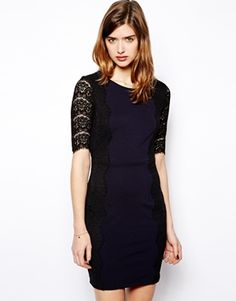 Darling Dress With Lace Sleeve