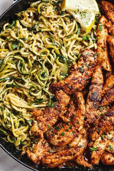 Taco Chicken Tenders with Lemon Garlic Butter Zucchini Noodl. - Taco Chicken Tenders with Lemon Zucchini Noodles – Incredibly flavorful and juicy Taco Chicken Bites are a perfect dinner for the busiest of weeknights. Chicken Bites, Taco Chicken, Chicken Tenders Healthy, Stuffed Chicken, Chicken Broccoli, Cheesy Chicken, Fried Chicken, Healthy Dinner Recipes, Cooking Recipes
