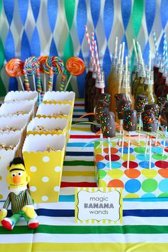Love the chocolate covered banana wands!! And really love the cute wrapped box they are in.