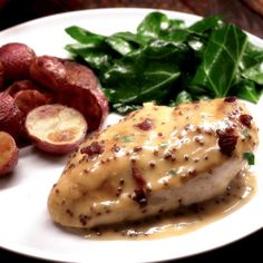 In just 30 minutes you can dig into this golden chicken covered in a lip-smackingly creamy homemade honey mustard sauce and crispy bacon. Creamy Honey Mustard Chicken, Homemade Honey Mustard, Honey Mustard Sauce, Bacon Recipes, Soup Recipes, Chicken Recipes, Cooking Recipes, Healthy Recipes, Chicken Soup