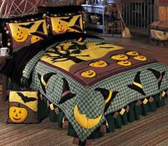 Halloween bedding Anyone know where I can find this!? So cute!  The quilt style…