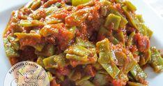 Después de unos días de excesos se agradece un plato algo más ligero, un poco de verdura camuflada con salsa de tomate para hacerla más at...