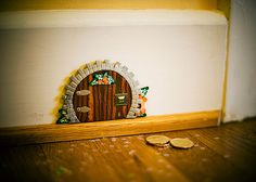 tooth fairy house - make one with your child. Get out the paints and brushes and have fun.