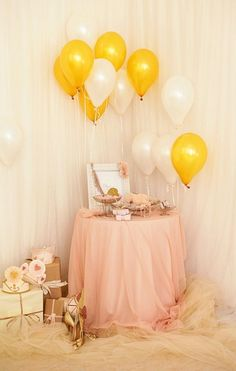 Baby Shower Balloon Ideas | Time for the Holidays - I like the PLACEMENT of the balloons
