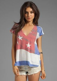 This is a cute 4th of july outfit the shirt is tots adorable!