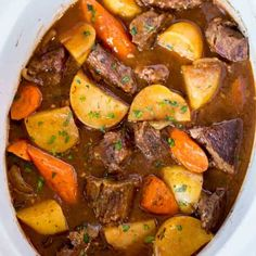 Ultimate Slow Cooker Beef Stew made with chuck roast, Yukon potatoes and carrots for a rich beef stew that is perfect for the cold weather. Ultimate Slow Cooker Beef Stew Slow cooker meals are so pop Slow Cooker Beef, Slow Cooker Recipes, Cooking Recipes, Crockpot Recipes, Easy Beef Stew, Slowcooker Beef Stew, Beef Stew Stove Top, Beef Stew Crockpot Easy, Potatoes Crockpot