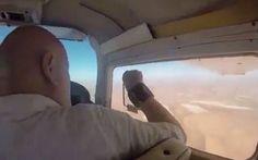 Intentaba hacer una foto del desierto desde una avioneta y sucedió esto #viral