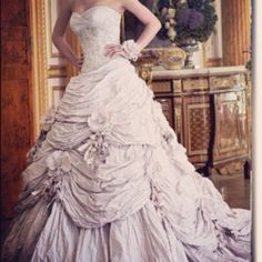 Cartland by Ian Stuart Vintage inspired wedding dress Lilac <3