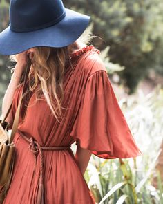 Wild: stylist Romy Frydman's way with autumn dressing. Read it now at http://www.countryroad.com.au/livewithus/wild-stylist-romy-frydmans-way-with-autumn-dressing.html