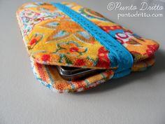 """Da """"Punto dritto"""" - Tutorial chiarissimo e idea ispirante - Custodia-smartphone-DIY"""
