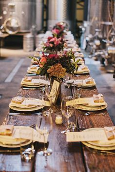 Long farm tables for your wedding reception are sophisticated, elegant, and the perfect place for your guests to share a meal! | http://www.weddingpartyapp.com/blog/2014/10/15/the-perfect-wedding-dining-style/