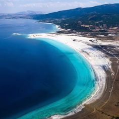 Salda Lake is a tranquil place with its white sand and turquoise water!