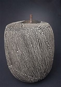 Yoshiro-Ikeda-contemporáneo-cerámica-379x533