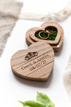 A wedding engagement ring box is made of natural wood! The rustic ring bearer box is made of Oak. Engagement Ring Holders, Engagement Rings Couple, Ring Holder Wedding, Wedding Engagement, Rustic Ring Bearers, Ring Bearer Box, Wooden Ring Box, Wooden Rings, Wedding Boxes