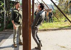 Negan Kills Spencer Comics  Does Negan kill Spencer in The Walking Dead comics? Yes Negan kills Spencer Monroe in Issue #111 of The Walking Deadcomic series. In the issue Negan visits Alexandria where he is approached by Spencer. He tells Negan that Rick should be killed because he doesn't have what it takes to be a leader.  Similar to the television series Rick is on a supply run when Spencer sees Negan. Spencer airs Rick out. Negan hates whining and that's exactly what he hears when…