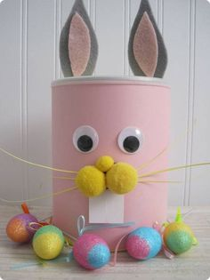 Another great kid's idea with an educational twist- DIY piggie (or Easter bunny) bank to teach your children early budgeting, while having FUN! Easter Art, Hoppy Easter, Easter Crafts For Kids, Easter Bunny, Diy For Kids, Bunny Crafts, Easter Eggs, Diy Arts And Crafts, Diy Crafts