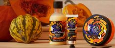 So...something is coming TODAY 🤯 🖐 🖐 🖐 🖐 🖐 Raise your hand if you're excited for Pumpkin Scents! 🎃 🎃 🎃 LIMITED EDITION! The leaves are falling, we've dug out our sweaters. 🍁 🍂 We've also brewed up our coziest scent. Take in that sweet, warm, baked pumpkin scent with hints of hazelnut caramel, maple syrup and almond milk. 🍁 🥛 😋 ☕️ 👉🏼 Made with vanilla extract from Madagascar and handcrafted Community Fair Trade shea butter and Community Fair Trade babassu oil, this range Diy Store, Cool Store, Body Shop At Home, The Body Shop, Online Beauty Store, Babassu Oil, Maskcara Beauty, Makeup Store, Beauty Boutique