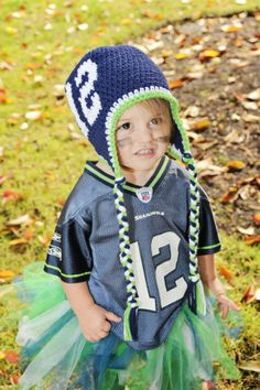 Seahawks!!! like Rae Pai Crochet on fb to see this hat!!!