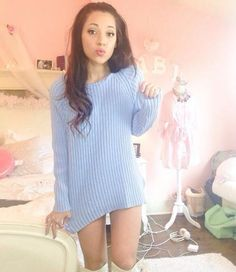 I have a sweater just like this, the color is so cute♡♡♡