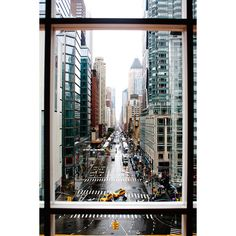 New Yorq ❤ liked on Polyvore featuring backgrounds, pictures, photos, city and fillers