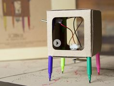 Robotic scribbler called the Makers Toolbox, via Grommet