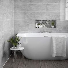 Grey Bathroom Wall Tiles, Ceramic Tile Bathrooms, Stone Bathroom, Ceramic Wall Tiles, Tiles For Bathrooms, Modern Marble Bathroom, Bathroom Box, Grey Tiles, Bathroom Inspo