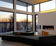 Window and Door Manufacturer - Aluminum and Wood Aluminum Windows Design, Aluminium Windows, Toronto Images, Chalet Chic, Lake House Plans, Home Reno, Window Design, Windows And Doors, White Walls