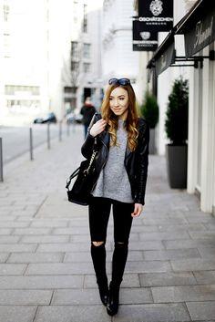 Rebekah von @rebekahwing kombiniert unser Modell Diana zur zerissenen Jeans. #cool #poilei #shoes #bloggerstyle