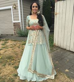 Woman Fashion Dresses - Just another WordPress site Indian Wedding Outfits, Pakistani Outfits, Indian Outfits, Punjabi Wedding Dresses, Dress Indian Style, Indian Dresses, Sangeet Outfit, Punjabi Dress, Indian Suits Punjabi