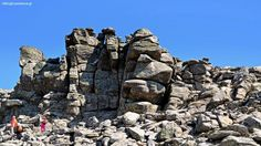 The mythical rock formations of Ikaria island – HikingExperience. Best Greek Islands, Rock Formations, Trekking, Mount Rushmore, Greece, Landscapes, Hiking, Mountains, Nature
