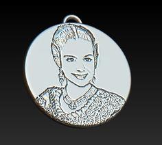 3f6ffd16bdbd Medalla Personalizada Fallera. Recuerdo en plata de la Falllera Mayor  Infantil de Valencia 2017.