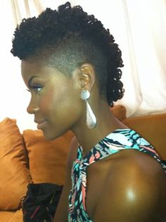 Mini frohawk, cute natural hairstyles Shaved Side Hairstyles,short, medium, long nd even with braids. Cute designs on curly hair, pontail styles, with weave, with braids on African American black women. Natural undercut ideas and styles.  http://www.shorthaircutsforblackwomen.com/curl-defining-products/