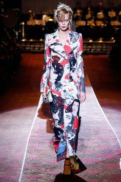 Marc Jacobs at New York Fashion Week Spring 2016 - Runway Photos