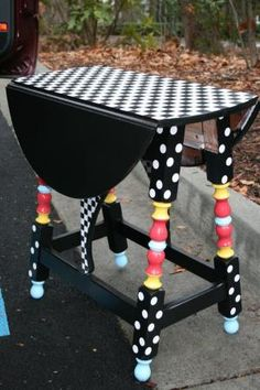 Find an old little table in a second hand or thrift store and bring it back to life with a little bit of paint! by latasha is part of Painted furniture - Whimsical Painted Furniture, Painted Chairs, Hand Painted Furniture, Paint Furniture, Furniture Projects, Furniture Makeover, Painted Tables, Furniture Refinishing, Furniture Online